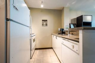 Photo 9: 302 2733 CHANDLERY PLACE in Vancouver: Fraserview VE Condo for sale (Vancouver East)  : MLS®# R2169175