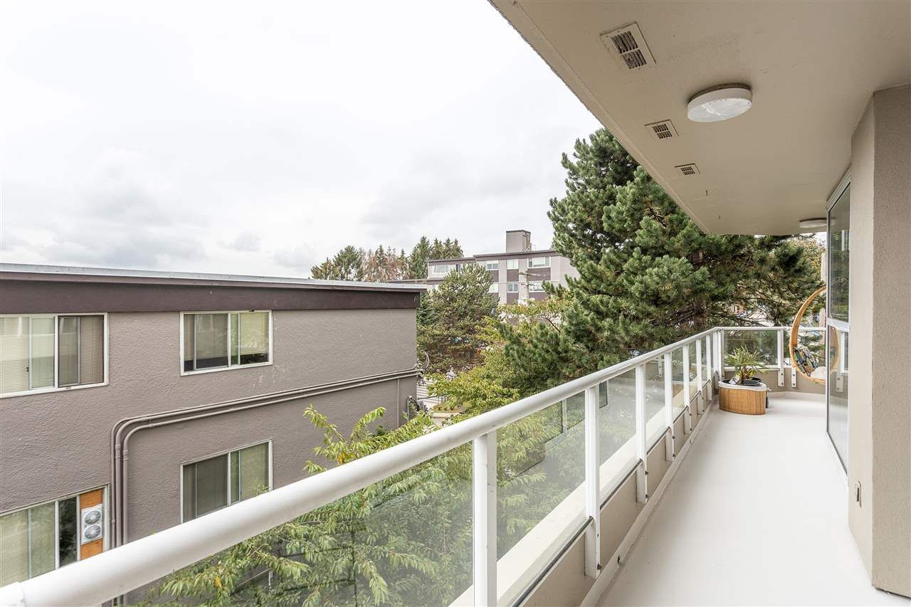 Photo 22: Photos: 401 412 TWELFTH STREET in New Westminster: Uptown NW Condo for sale : MLS®# R2507753