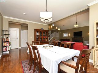 Photo 7: 1215 Clearwater Pl in VICTORIA: La Westhills House for sale (Langford)  : MLS®# 820809