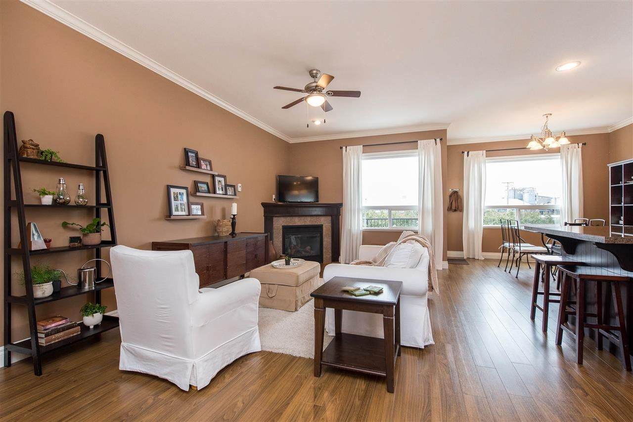 """Photo 11: Photos: 34914 2 Avenue in Abbotsford: Poplar House for sale in """"Huntingdon Village"""" : MLS®# R2548984"""