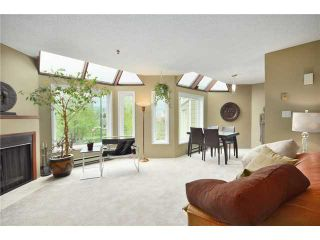 """Photo 2: F8 1100 W 6TH Avenue in Vancouver: Fairview VW Townhouse for sale in """"FAIRVIEW PLACE"""" (Vancouver West)  : MLS®# V828284"""