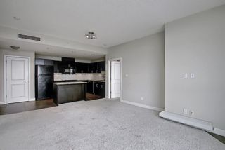 Photo 12: 901 77 Spruce Place SW in Calgary: Spruce Cliff Apartment for sale : MLS®# A1104367