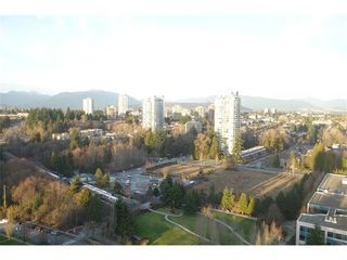 Photo 5: 2104 6888 STATION HILL Drive in Burnaby South: Home for sale : MLS®# V1100539
