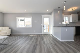 Photo 10: 16 1240 Wilkinson Rd in : CV Comox Peninsula Manufactured Home for sale (Comox Valley)  : MLS®# 881930
