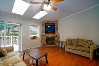 Photo 8: 452 NAISMITH Avenue: Harrison Hot Springs House for sale : MLS®# R2517364