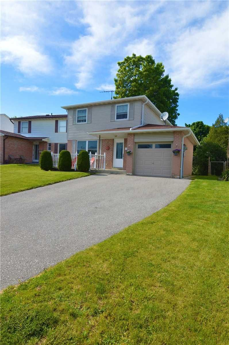 Main Photo: 46 Stanley Drive: Port Hope House (2-Storey) for sale : MLS®# X5265134