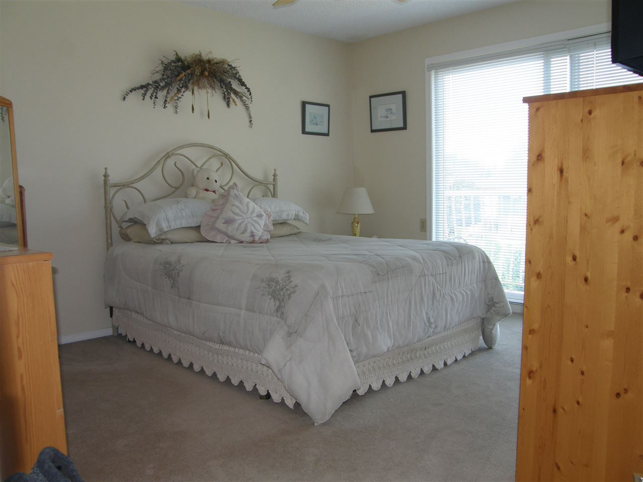 Photo 9: Photos: 1830 REEVES Place in Abbotsford: Central Abbotsford House for sale : MLS®# R2486642