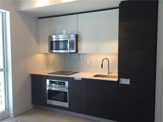 Photo 7: 1803 210 Simcoe Street in Toronto: University Condo for lease (Toronto C01)  : MLS®# C5368907