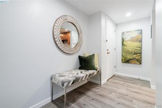 Photo 2: 205 1151 Oscar St in VICTORIA: Vi Fairfield West Condo for sale (Victoria)  : MLS®# 830037