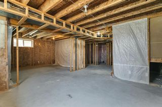 Photo 34: 94 Royal Elm Way NW in Calgary: Royal Oak Detached for sale : MLS®# A1107041