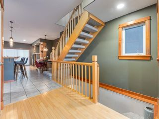 Photo 5: 2011 32 Avenue SW in Calgary: South Calgary Detached for sale : MLS®# A1060898