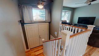 Photo 3: 3519 18 Avenue NW in Edmonton: Zone 29 House for sale : MLS®# E4240989