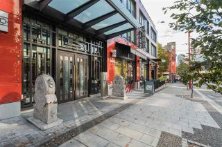 """Photo 2: 603 188 KEEFER Street in Vancouver: Downtown VE Condo for sale in """"188 Keefer"""" (Vancouver East)  : MLS®# R2547536"""