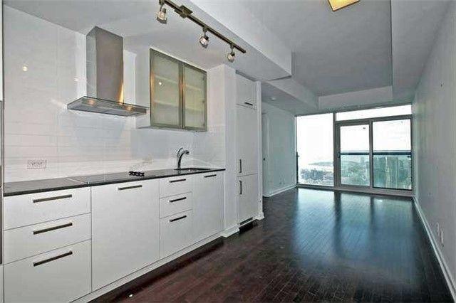 Photo 9: Photos: 5307 14 York Street in Toronto: Waterfront Communities C1 Condo for lease (Toronto C01)  : MLS®# C3372366