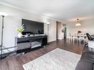 "Photo 2: 205 1025 CORNWALL Street in New Westminster: Uptown NW Condo for sale in ""CORNWALL PLACE"" : MLS®# R2537954"