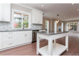 Photo 9: 3649 Coleman Pl in VICTORIA: Co Latoria House for sale (Colwood)  : MLS®# 685080