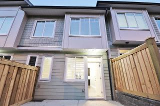 Photo 2: 20 13670 62 AVENUE in Surrey: Sullivan Station Townhouse for sale : MLS®# R2226296