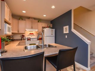 Photo 13: 52 717 Aspen Rd in COMOX: CV Comox (Town of) Row/Townhouse for sale (Comox Valley)  : MLS®# 803821