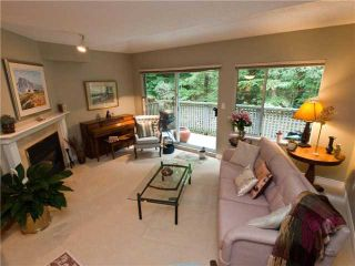 """Photo 2: 3944 INDIAN RIVER Drive in North Vancouver: Indian River Townhouse for sale in """"HIGHGATE TERRACE"""" : MLS®# V875032"""