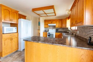"""Photo 3: 2942 BAKER Court in Prince George: Charella/Starlane House for sale in """"CHARELLA"""" (PG City South (Zone 74))  : MLS®# R2478362"""