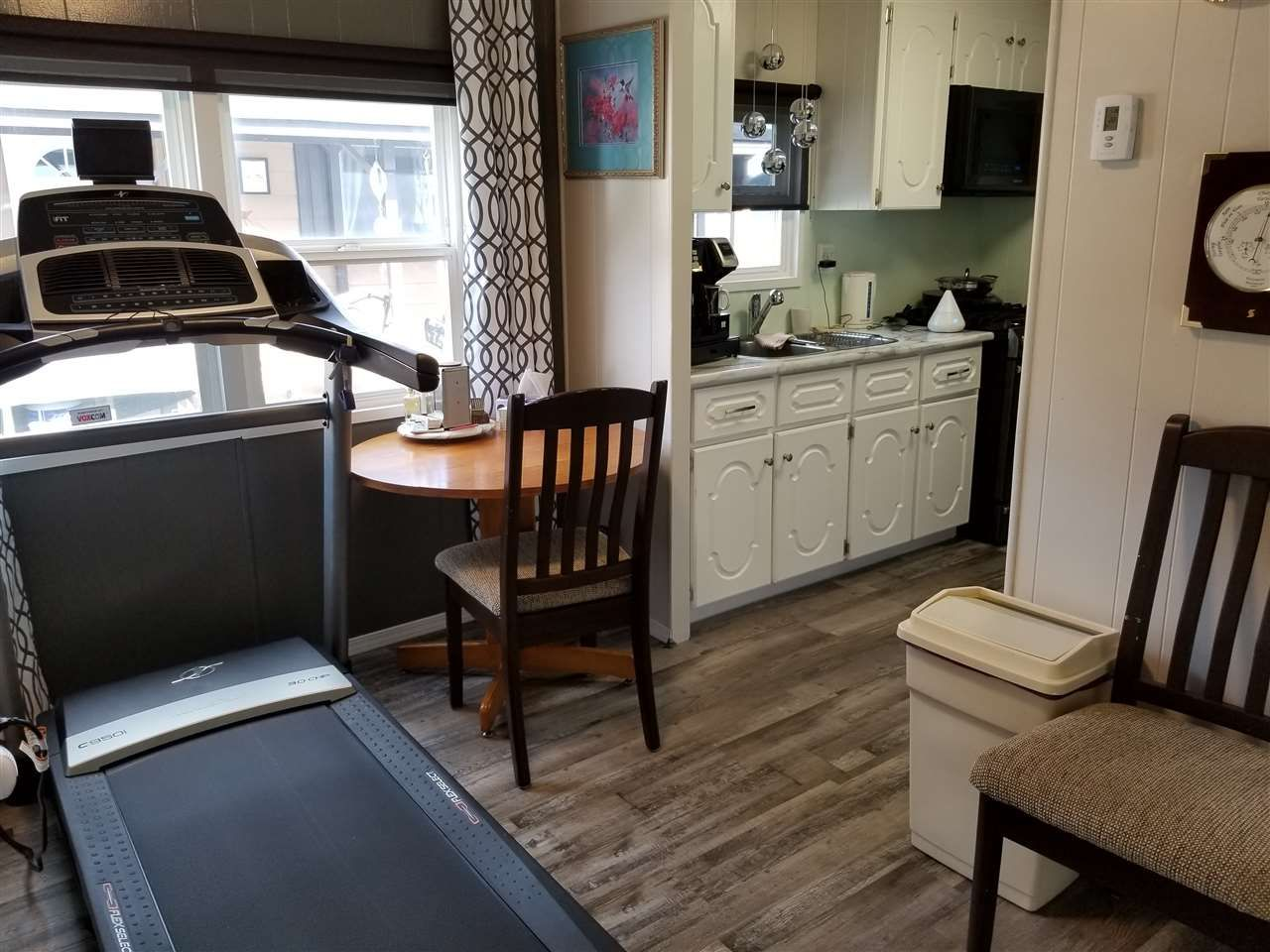 "Photo 15: Photos: 71 1700 S BROADWAY Avenue in Williams Lake: Williams Lake - City Manufactured Home for sale in ""NORTHSIDE VILLAGE"" (Williams Lake (Zone 27))  : MLS®# R2471520"