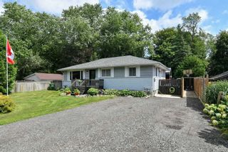Photo 1: 61 E William Street in Caledon: Rural Caledon House (Bungalow) for sale : MLS®# W5342914