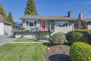 Photo 1: 972 BALBIRNIE Boulevard in Port Moody: Glenayre House for sale : MLS®# R2109188
