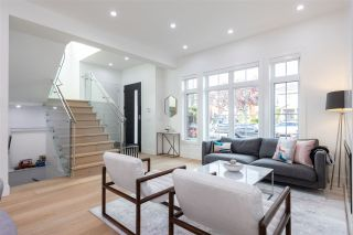 Photo 4: 160 E 58TH AVENUE in Vancouver: South Vancouver House for sale (Vancouver East)  : MLS®# R2509220