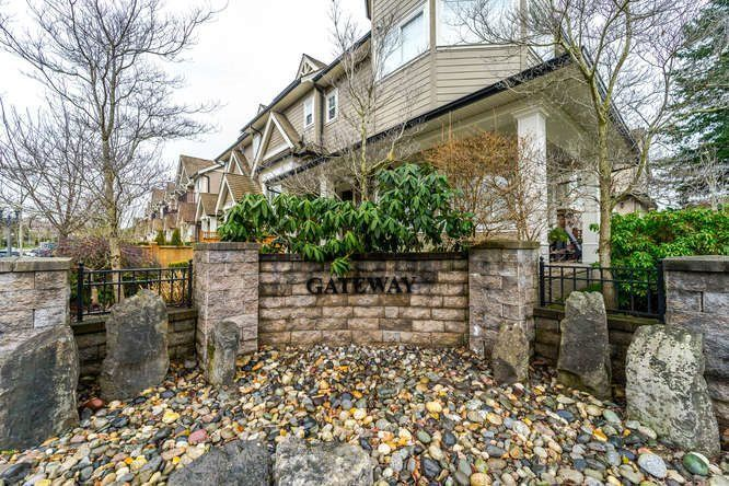 """Main Photo: 4 3268 156A Street in Surrey: Morgan Creek Townhouse for sale in """"GATEWAY"""" (South Surrey White Rock)  : MLS®# R2233589"""