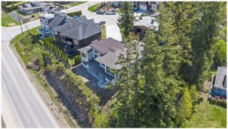 Photo 2: 1411 Southeast 9th Avenue in Salmon Arm: Southeast House for sale : MLS®# 10205270