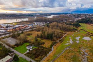 Photo 5: 23381 LOUGHEED Highway in Maple Ridge: Albion Agri-Business for sale : MLS®# C8035528