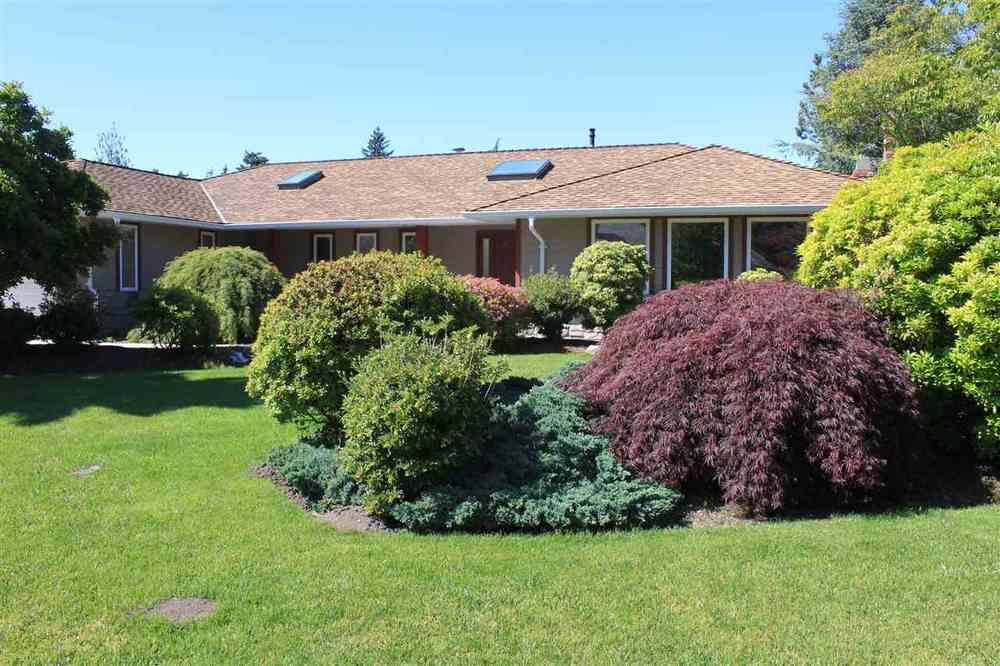 Main Photo: 12939 22A AVENUE in South Surrey White Rock: Elgin Chantrell Home for sale ()  : MLS®# R2378968