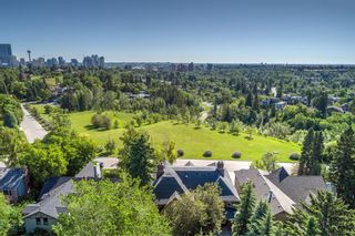 Photo 8: 3009 Champlain Street SW in Calgary: Upper Mount Royal Detached for sale : MLS®# A1105966