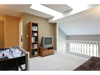 "Photo 9: 53 8111 160TH Street in Surrey: Fleetwood Tynehead Townhouse for sale in ""Coyote Ridge"" : MLS®# F1110791"