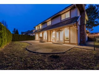"""Photo 19: 10261 168 Street in Surrey: Fraser Heights House for sale in """"Fraser Heights-Pacific Academy"""" (North Surrey)  : MLS®# R2027341"""