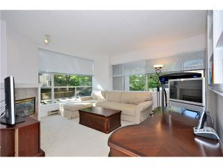 Photo 2: # 202 2668 ASH ST in Vancouver: Fairview VW Condo for sale (Vancouver West)  : MLS®# V1026379