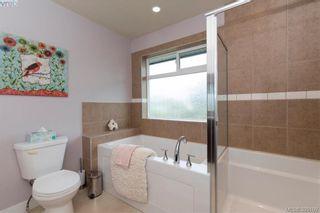 Photo 11: 2111 JAMES WHITE Blvd in SIDNEY: Si Sidney North-West Half Duplex for sale (Sidney)  : MLS®# 792176