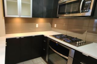 """Photo 3: 904 7328 ARCOLA Street in Burnaby: Highgate Condo for sale in """"Esprit 1"""" (Burnaby South)  : MLS®# R2527920"""