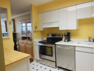 """Photo 6: 1402 1327 E KEITH Road in North Vancouver: Lynnmour Condo for sale in """"Carlton at the Club"""" : MLS®# R2309137"""