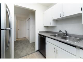 "Photo 6: 312 10468 148 Street in Surrey: Guildford Condo for sale in ""GUILDFORD GREENE"" (North Surrey)  : MLS®# R2407866"