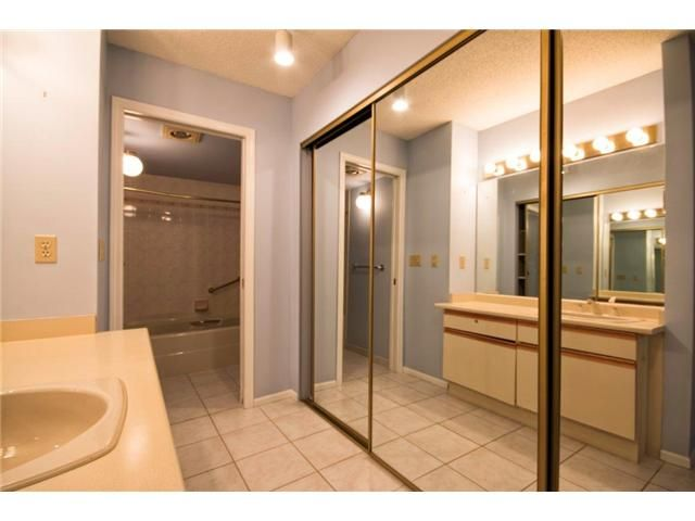 """Photo 10: Photos: 307 121 W 29TH Street in North Vancouver: Upper Lonsdale Condo for sale in """"SOMERSET GREEN"""" : MLS®# V1054924"""