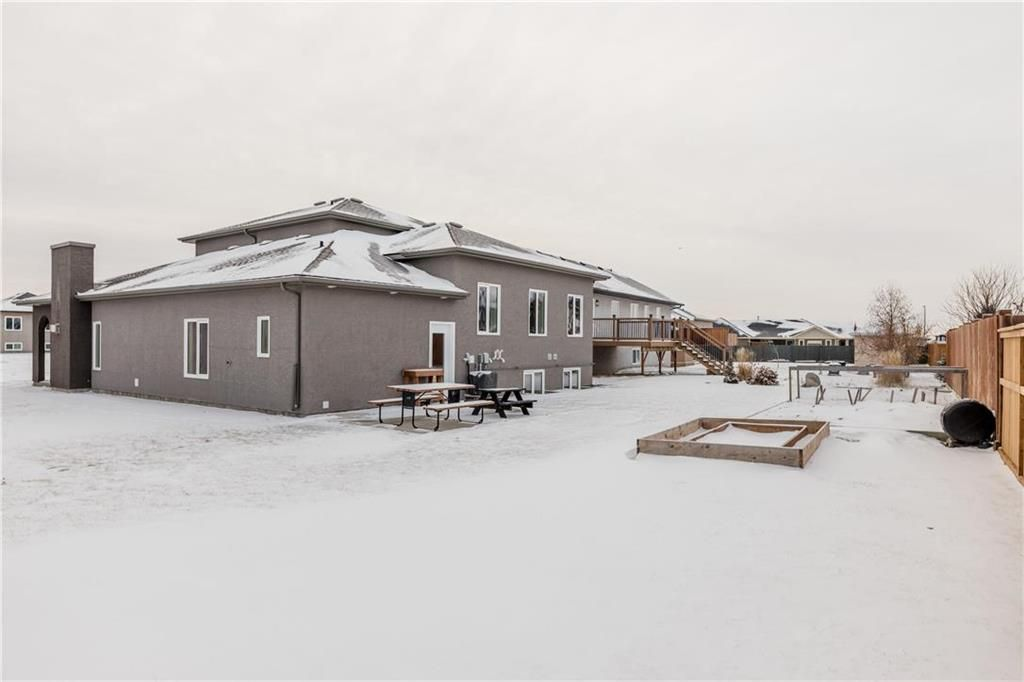 Photo 30: Photos: 13 BRIARWOOD Place in Steinbach: R16 Residential for sale : MLS®# 202029454