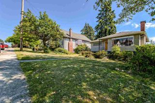 Photo 3: 453 E 11TH Street in North Vancouver: Central Lonsdale House for sale : MLS®# R2283438