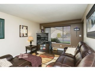 """Photo 7: 106 2844 273 Street in Langley: Aldergrove Langley Townhouse for sale in """"Chelsea Court"""" : MLS®# R2039587"""