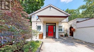 Photo 4: 607 STEPHENS CRES in Oakville: House for sale : MLS®# W5364880