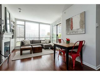 """Photo 6: 303 170 W 1ST Street in North Vancouver: Lower Lonsdale Condo for sale in """"ONE PARKLANE"""" : MLS®# V1117348"""