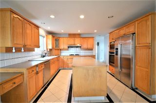 Photo 3: 7233 WAVERLEY Avenue in Burnaby: Metrotown House for sale (Burnaby South)  : MLS®# R2500474