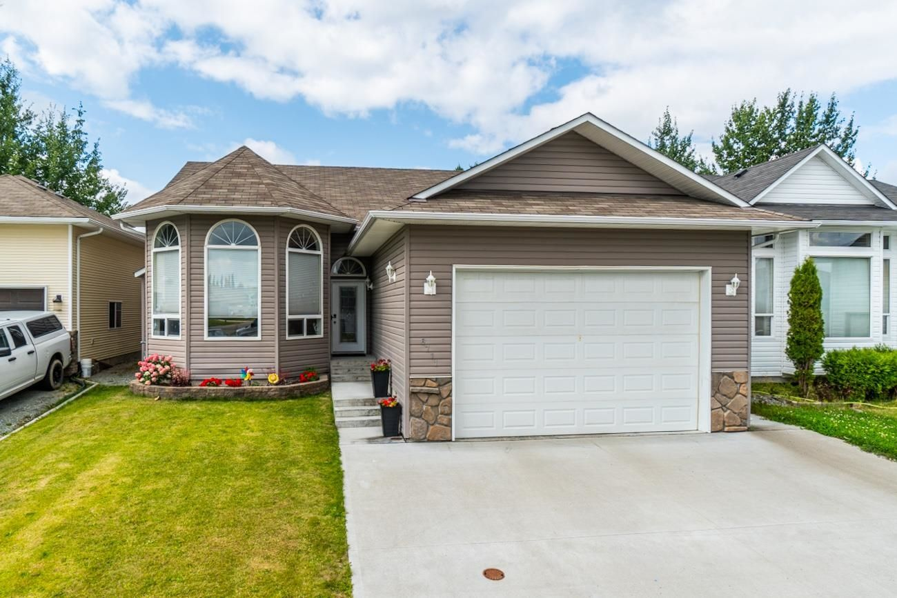Main Photo: 6711 CHARTWELL Crescent in Prince George: Lafreniere House for sale (PG City South (Zone 74))  : MLS®# R2623790