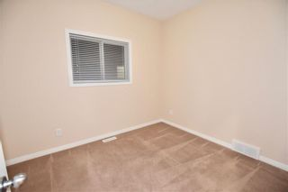 Photo 13: 746 Carriage Lane Drive: Carstairs House for sale : MLS®# C4165692
