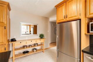 Photo 9: 6124 LEWIS Drive SW in Calgary: Lakeview Detached for sale : MLS®# C4293385